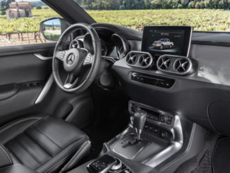 Cockpit der Mercedes-Benz X-Klasse – Interieur, Ausstattungslinie POWER