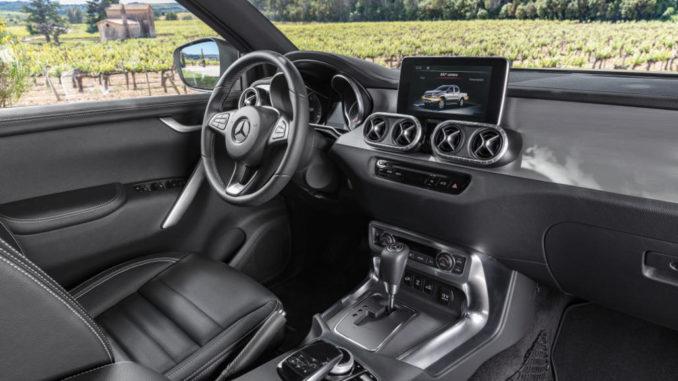 Cockpit der Mercedes-Benz X-Klasse – Interieur, Ausstattungslinie POWER