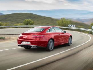 Mercedes-Benz E-Klasse Coupé; 2016; Exterieur: designo hyazinthrot metallic, AVANTGARDE, Baureihe C238
