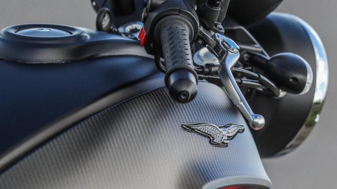 Großaufnahme einer Moto Guzzi Audace Carbon von 2017