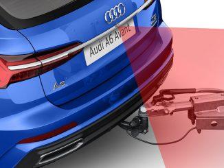 Abbislug eines blauen Audi A6 Avant von 2018 mit Anhänger-Rangierassistent.