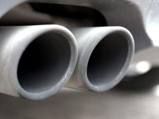auspuff abgase diesel rohr fahrzeug kfz motor
