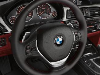 Lenkrad im BMW 4er Coupé (Sport Line) (06/2013).