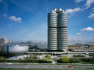BMW Hochhaus und Museum. Aufnahme von 07/2013.