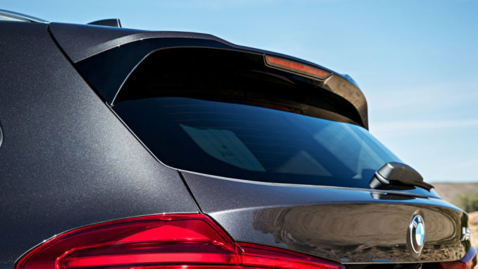 Der neue BMW X3 xDrive30d mit xLine (Exterieur Farbe: Sophisto Grau metallic, Polsterung: Leder Vernasca Mokka ) (06/2017).