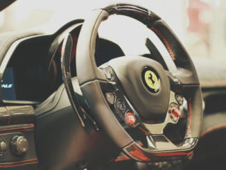 sportwagen lenkrad airbag ferrari 458 italia