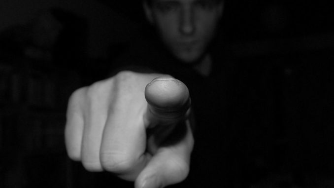 index finger hinweis sie hand me vorwurf