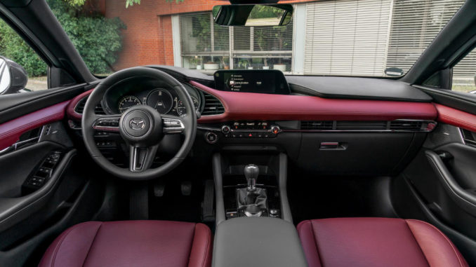 Mazda3 Skyactiv-X, 2019, Machine Grey, Interior