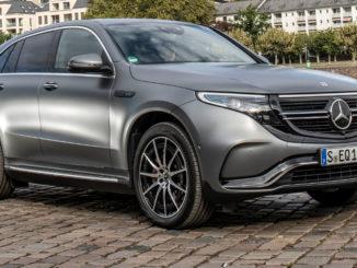 Mercedes-Benz EQC 400 4MATIC; designo selenitgrau magno; AMG Line; Ledernachbildung ARTICO; Mikrofaser DINAMICA schwarz, aufgenommen 2019