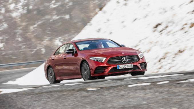 Mercedes-Benz CLS 450 4MATIC (BR257); design hyazinthrot metallic, designo Leder Nappa schwarz/titangrau pearl