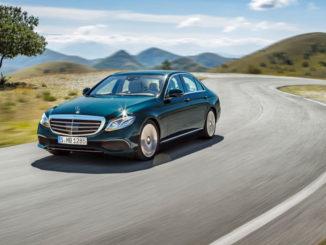 11.01.2016: Mercedes-Benz E-Klasse, EXCLUSIVE, kallaitgrün, Leder sattelbraun/macciato