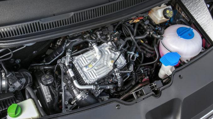 Angeboten werden die quer eingebauten und um acht Grad nach vorn geneigten TDI im VW T6 mit 84, 102, 150 und 204 PS.