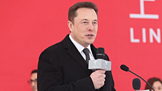 Elon Musk beim ersten Spatenstich der Gigafactory in Shanghai im Januar 2019.