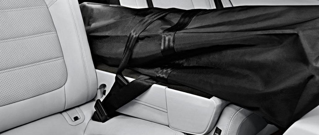 Skisack in einem Porsche-Modell-