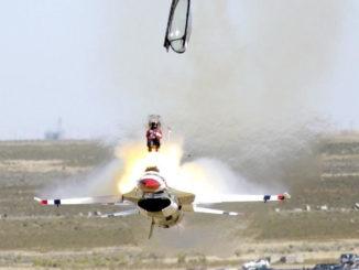 flugzeug crash bruchlandung unfall f-16