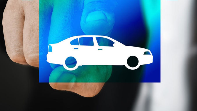 smart home auto technik touchscreen mann finger