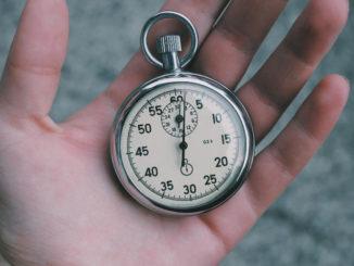 zeit stoppuhr uhr stunden minuten sekunde hand