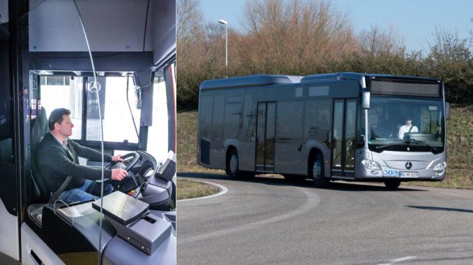 Um Busfahrer vor Ansteckungen zu bewahren, bietet Mercedes-Benz jetzt für seinen Stadtbus Citaro eine professionelle Nachrüstung durch Fahrerschutztüren mit Trennscheibe an (Veröffentlichungsdatum 04.05.2020). Rechts im Bild: Ein silberner Mercedes-Benz Stadtbus Citaro (Veröffentlichungsdatum 15.02.2019).