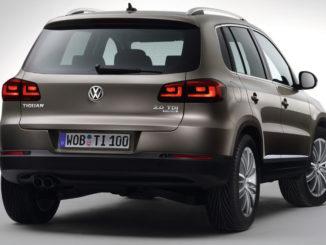 """04.02.11 Statisch: Grauer Volkswagen Tiguan (Ausstattung """"Sport & Style"""")"""